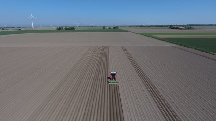 9 en 10 mei 2018; aardappel ruggen frezen
